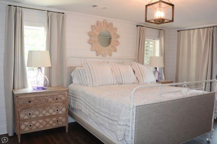Master Bedroom 3-King