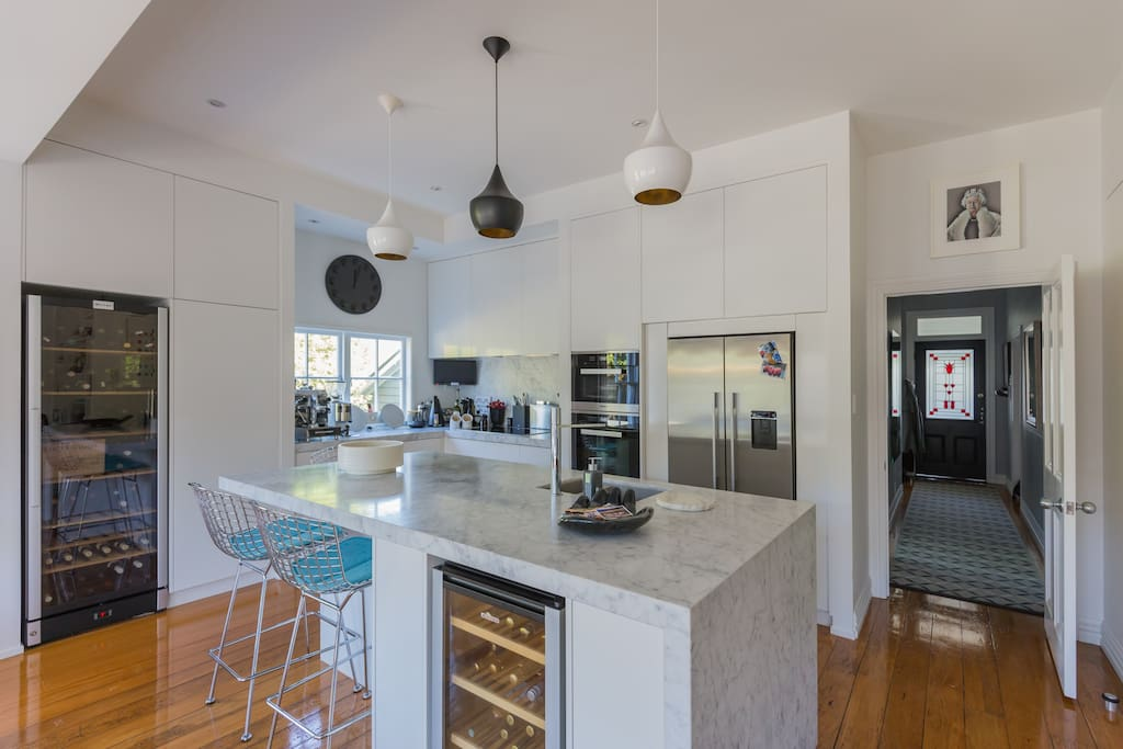 Large kitchen space and breakfast bar