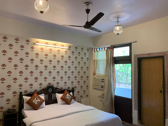 Cosy , clean , Comfy  private ensuite  in Jaipur