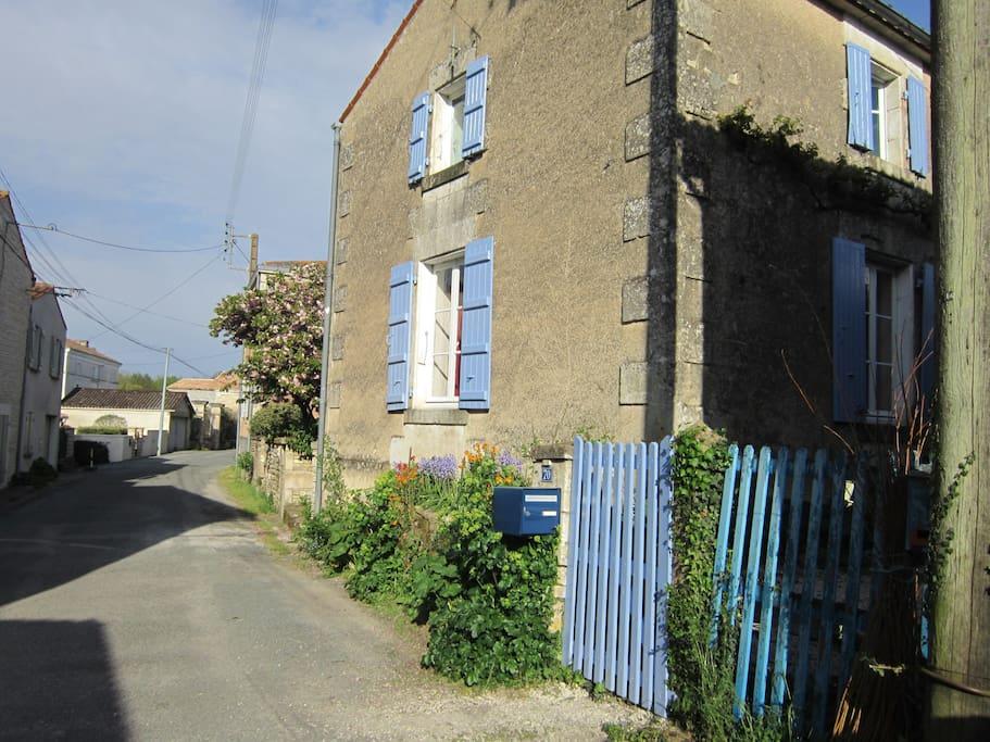 street view of Les Volets Bleus