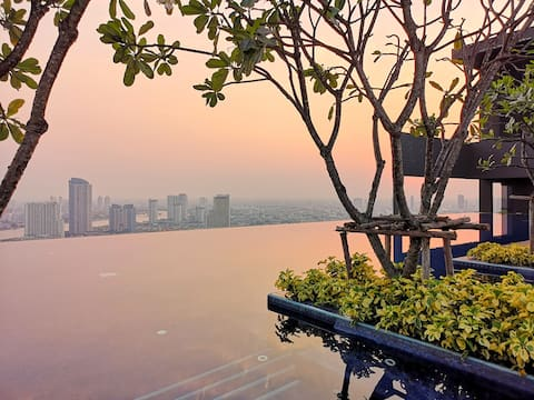River View/2 Bedder/Icon Siam/Infinity Pool