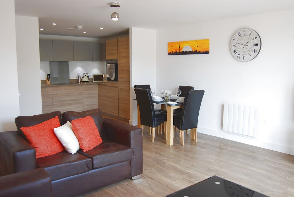Spacious and well laid out, the large lounge/diner is well appointed with leather sofas, and complete with internet connected smart TV and DVD/BluRay.