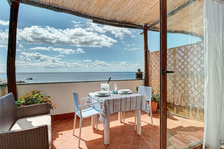 Belmare Residence on the Beach  - Scorfano