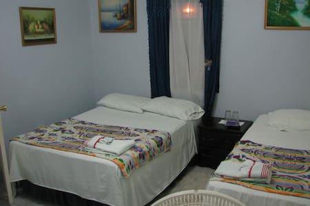 Western Guest House - San Ignacio