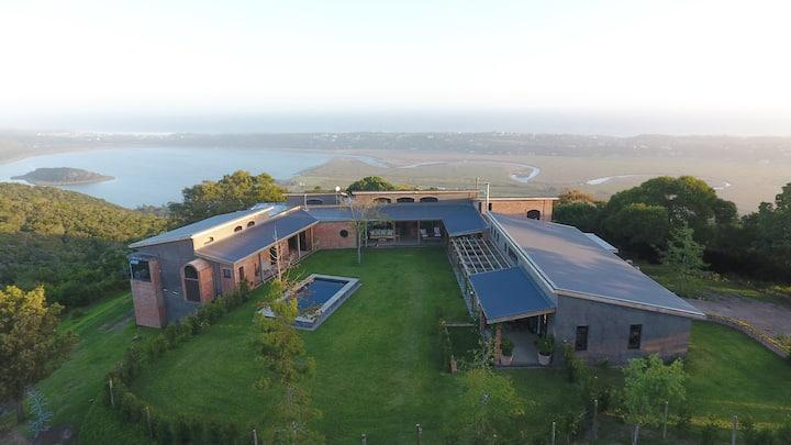 Spectacular views - 2 sleeper cottage