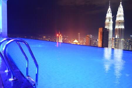 AMAZING INFINITY POOL Kuala Lumpur CITY CENTER#PS1