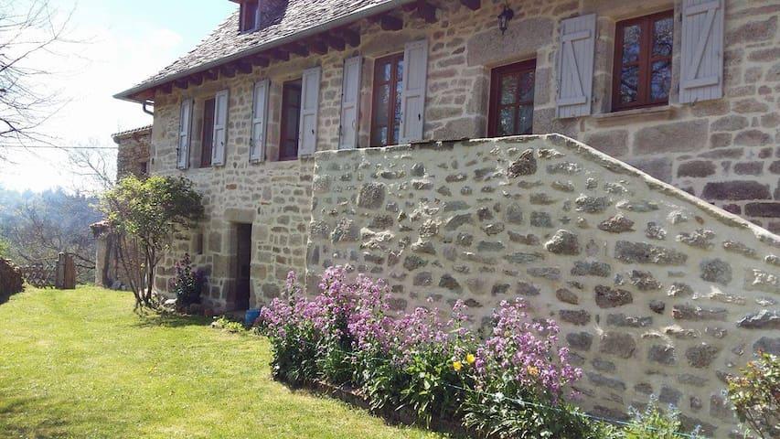 Un coin de Corrèze - Goulles - Rumah