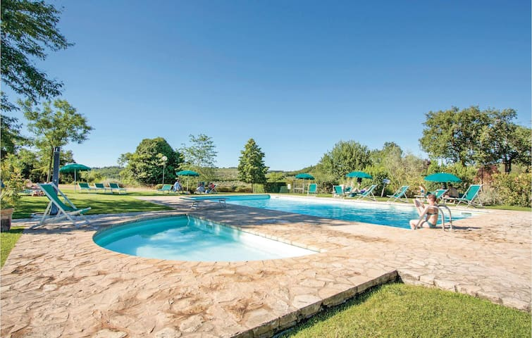 Semi-Detached with 1 bedroom on 70 m² in Gaiole in Chianti (SI)