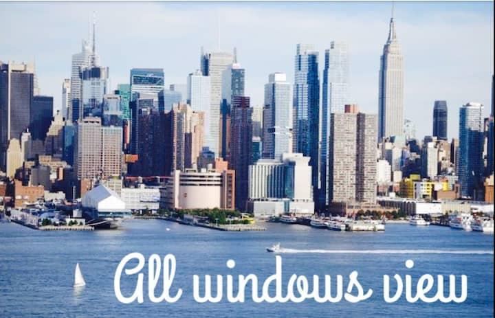 *Cozy NY Views Full Apt*