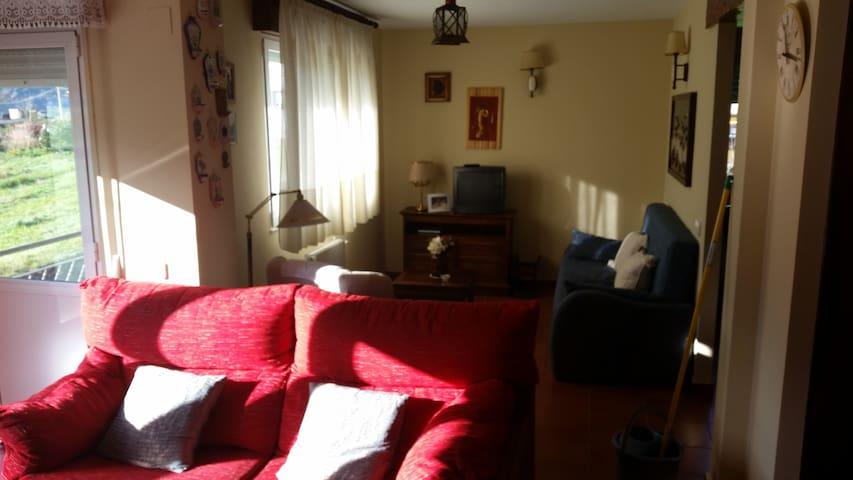 90 m2 decorado con estilo rústico - Secadura - Кондоминиум
