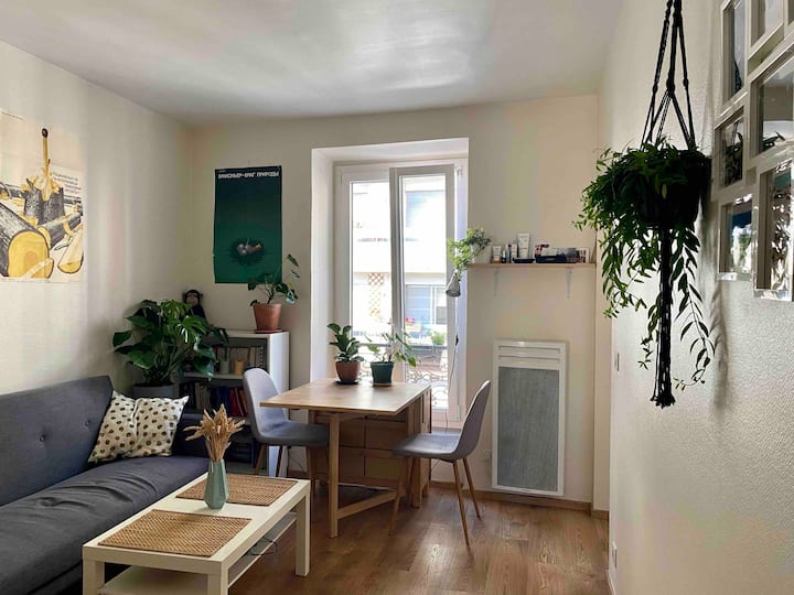 Cosy two-room appartment in the heart of the 14th