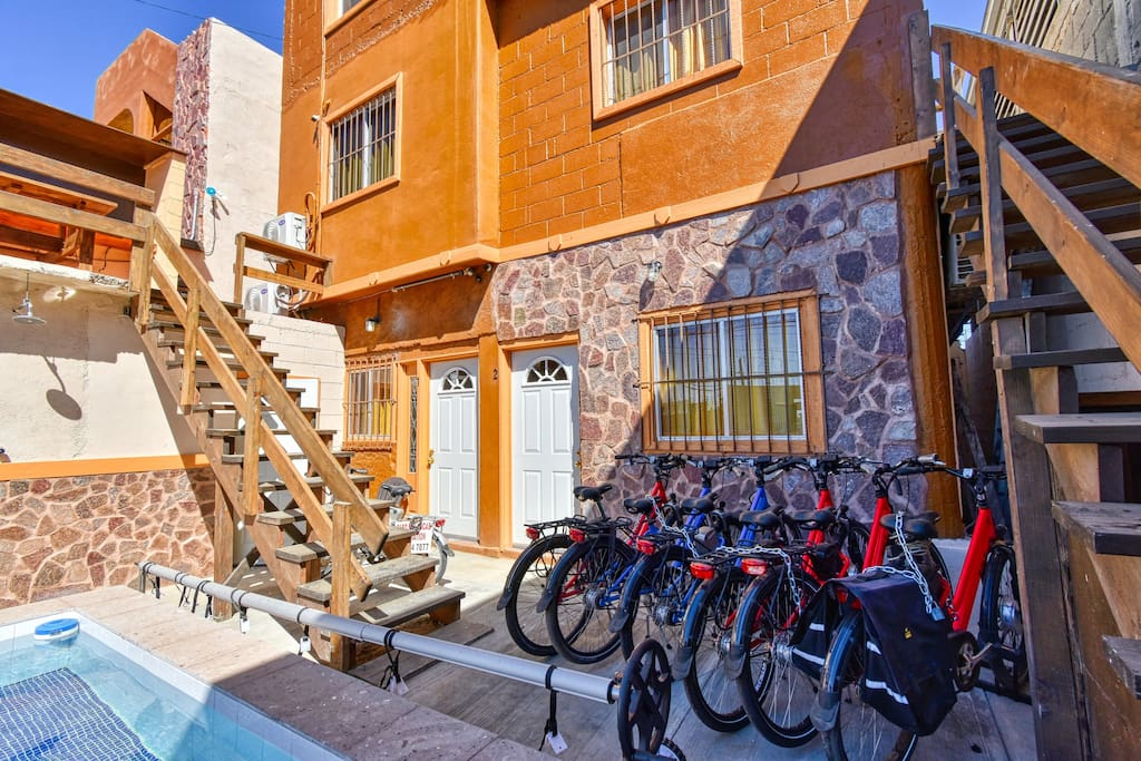 Electric bikes on site that you can rentfor easy transportation.