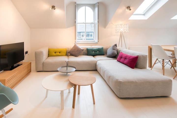 Regent Apartment | Sleeps 2 | 1 Bed