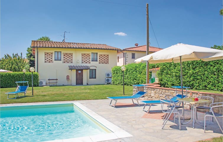 Holiday cottage with 5 bedrooms on 180m² in Borgo San Lorenzo FI