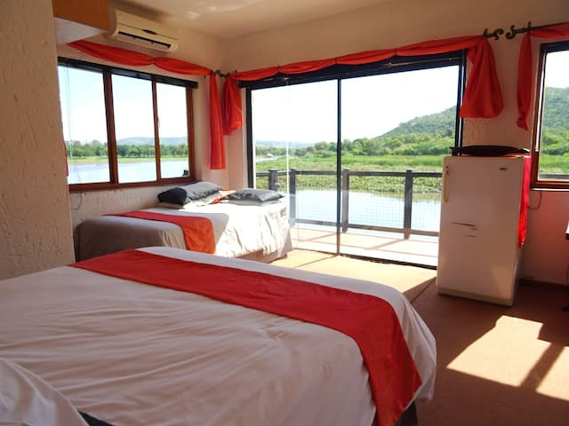 Ileven Heaven Accommodation Self-catering - Broederstroom - Dom