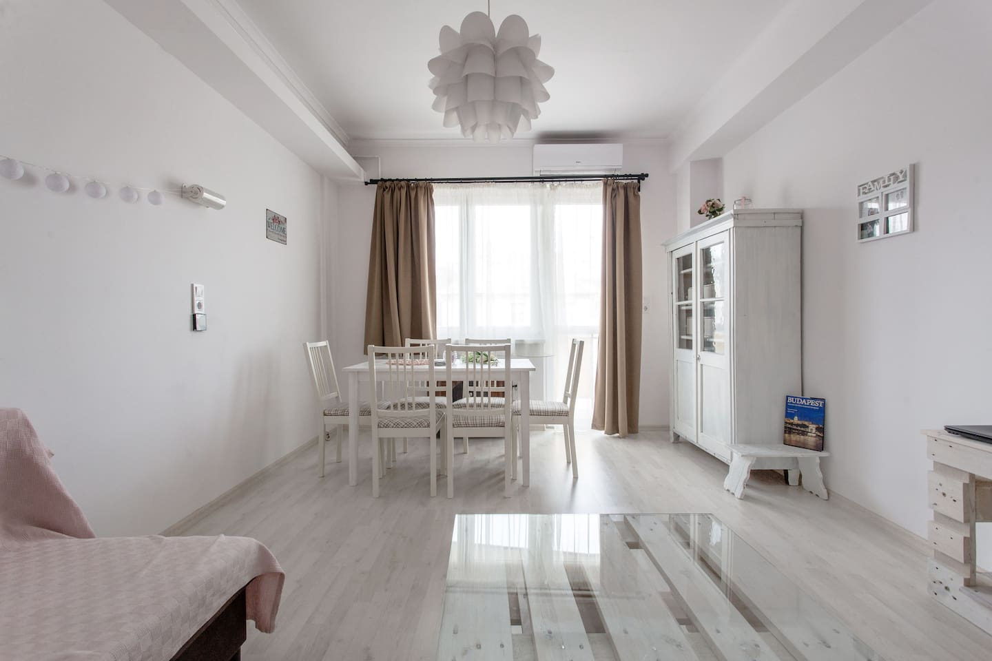 Brand new air-conditioned apartment in a quiet area