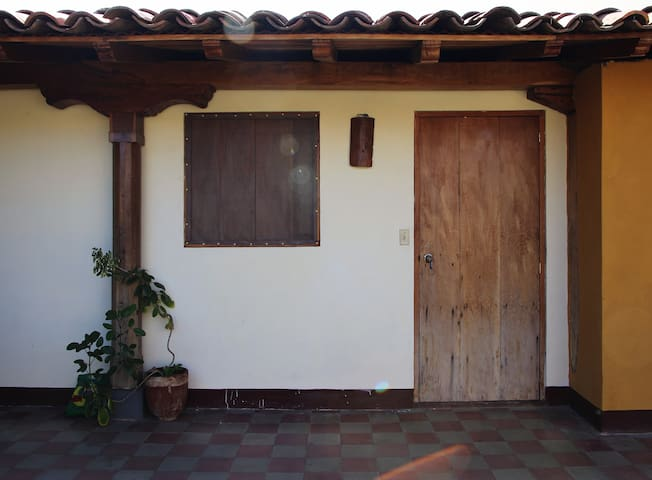 El Calvario House - Heart of León - Room 4 - León - Haus