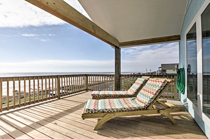 3BR Gilchrist House w/ Panoramic Ocean Views! - Bolivar Peninsula
