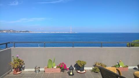 Panoramic apartment in Cannitello (RC)