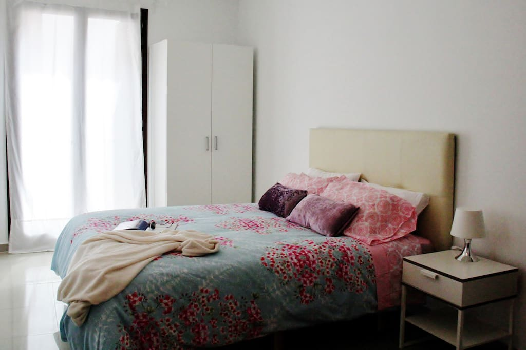 dormitorio, cama 150 x 200