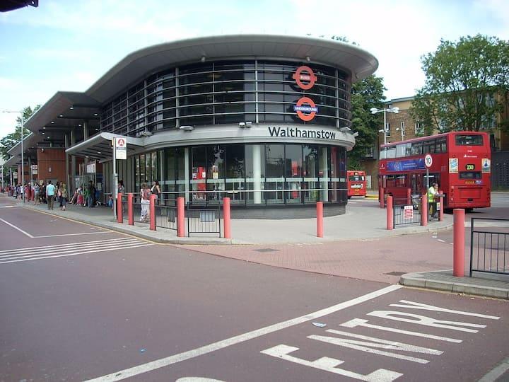 Cosy Pad London (Bonus - Free Wi Fi)
