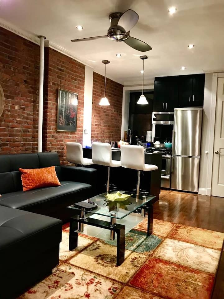 Modern 2 bedroom in Times sq for 5ppl