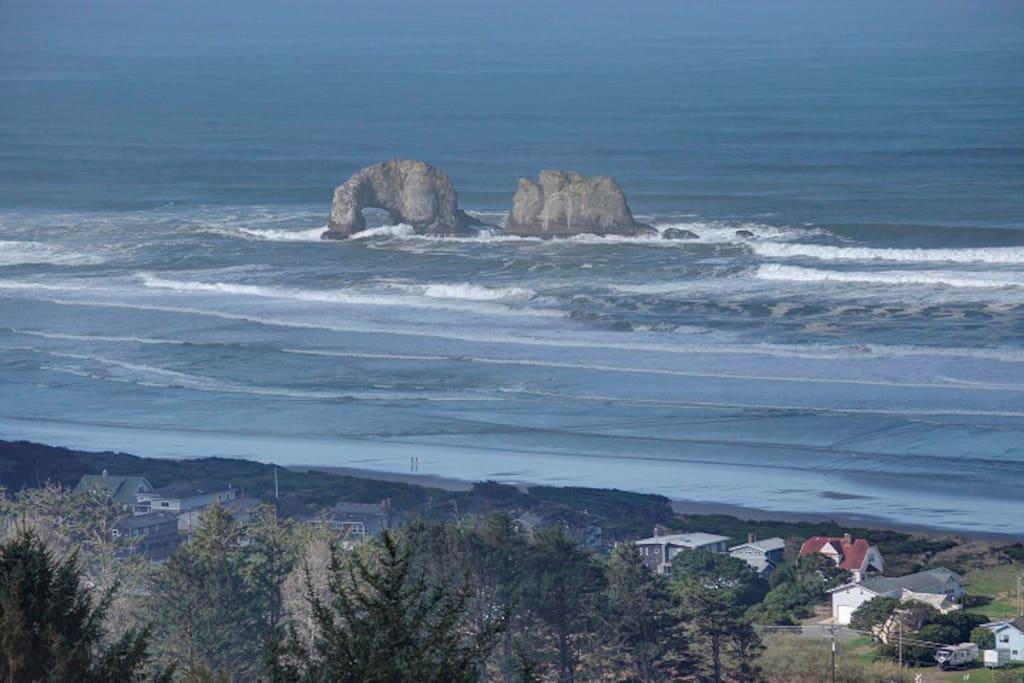 Sweeping ocean views!