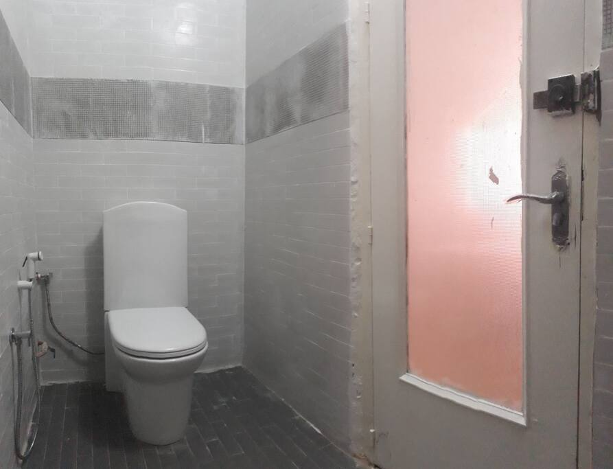 salle de bain intérieure chambre 3