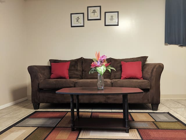 Remodeled studio basement unit, near Ft. Lee & VSU
