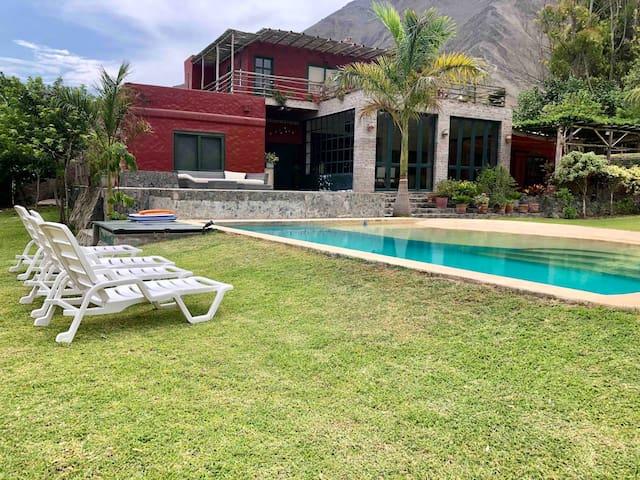 Fundo y Viñedo en  Azpitia- Cerca Playas del Sur