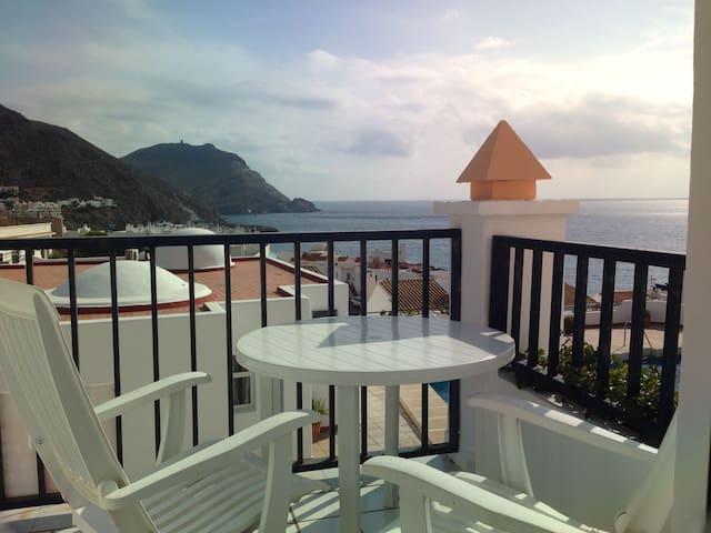 Apartamento con vistas al mar  VFT/AL/01485