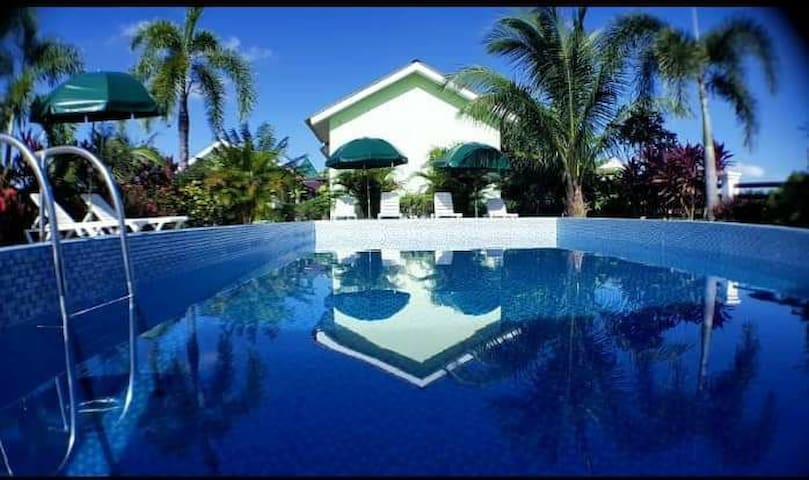 Pantai chenang homestay |Swimming pool |Free Wifi