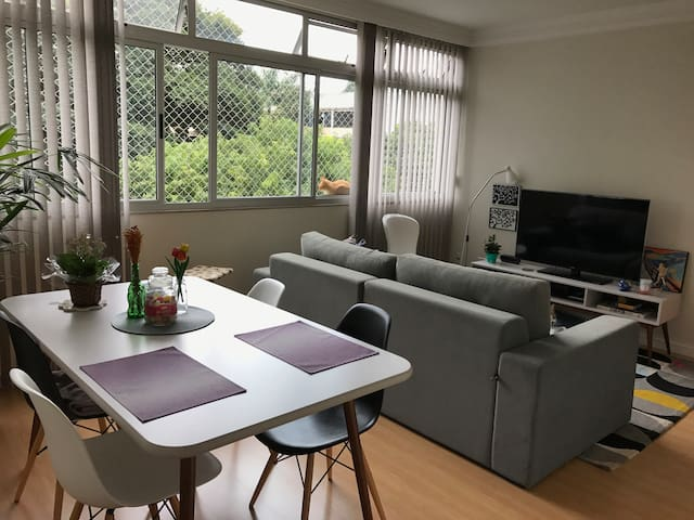 Comfortable room next to the Park. - Brasília - Daire