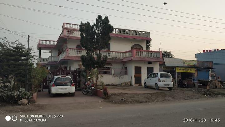 Harrawala house near forest & Ayurvedic university