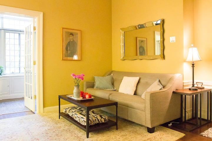 Cozy Apartment in Historic Mansion