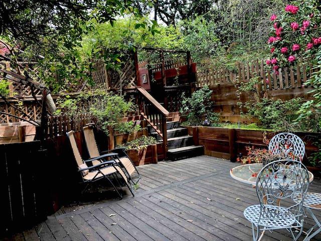 The Garden Room @ Redwood Croft