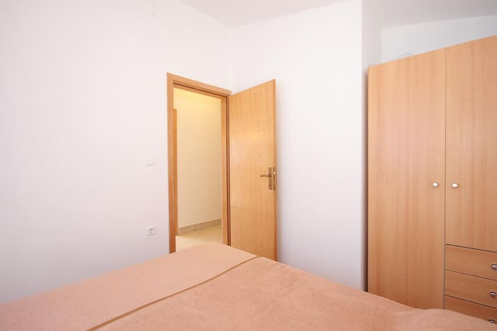 Bedroom, Surface: 8 m²