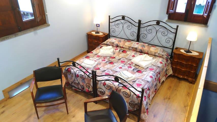 NICE miniHouse - Guest House near Etna & Taormina