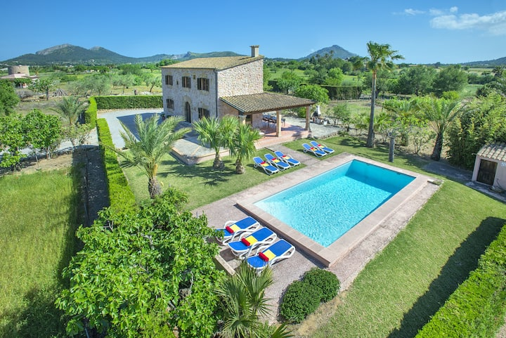 Marvellous Villa Xanet Abaix with Stunning Panoramic Views