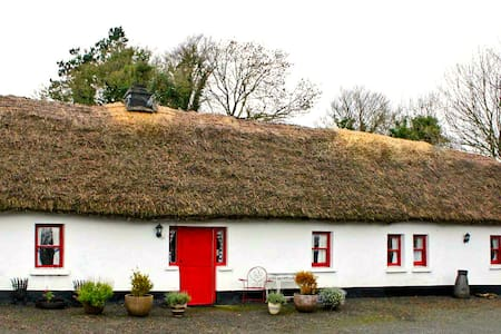 Thatched Cottage in Adare - Adare