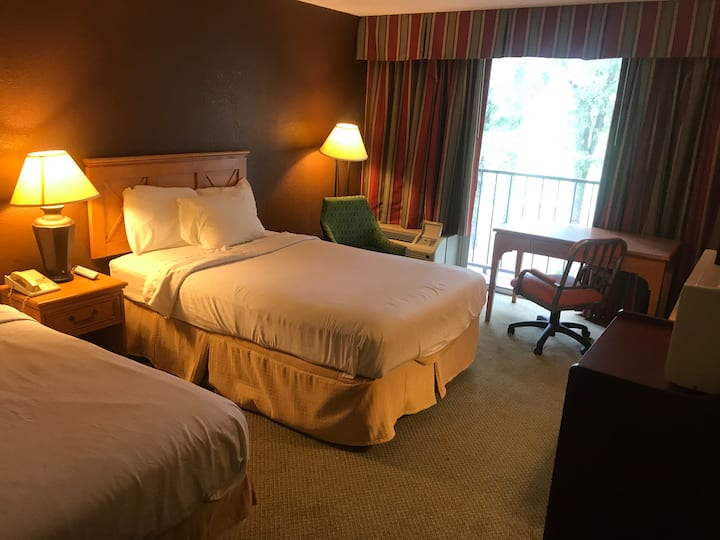 Room for Rent by Historic Boutique Hotel