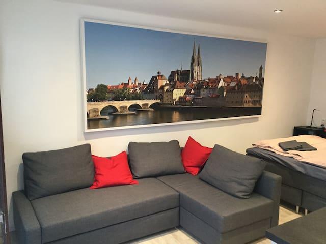 Sofa, zusätzliche Schlafcouch 140 x 200
