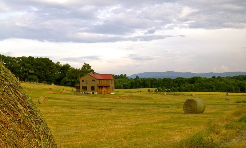 Eco-Farmhouse overlooking the Mighty Alleghenies