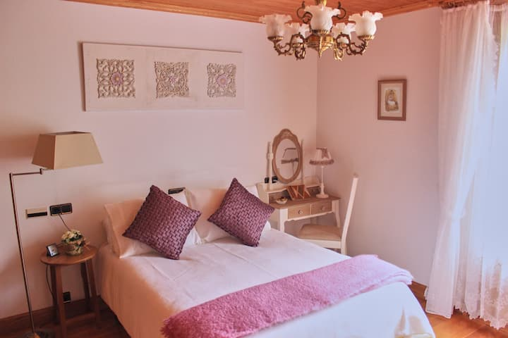 Habitación con encanto en Mendibide etxea