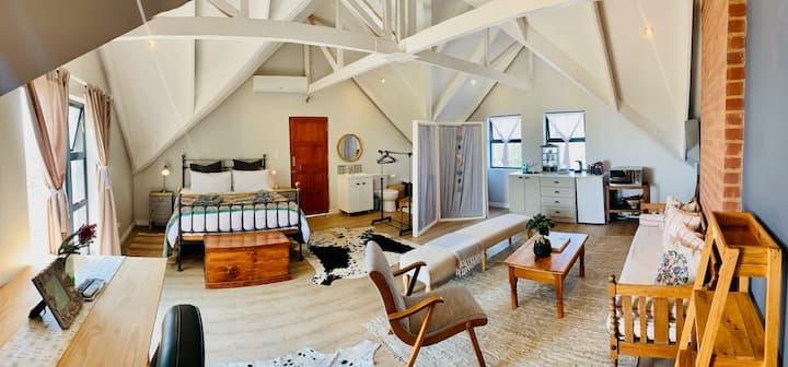 Pecan-on-lemon accommodation