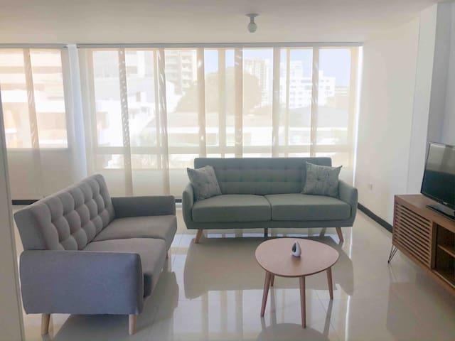 Habitación con WC Privado y AC a 3 min de C.C VIVA