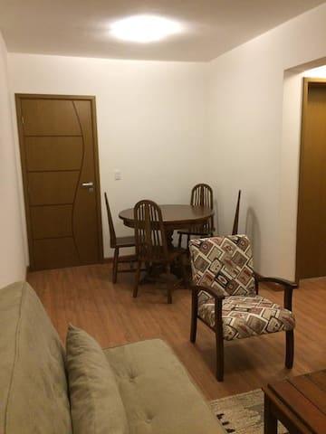 Quarto e sala em Itaipava - Petrópolis