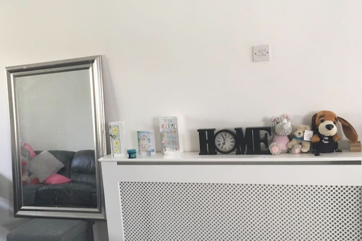 Single bed available to host