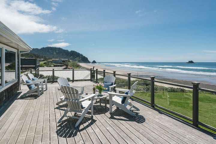 Sea Glass  -  Oceanfront Luxury home, gorgeous and pristine