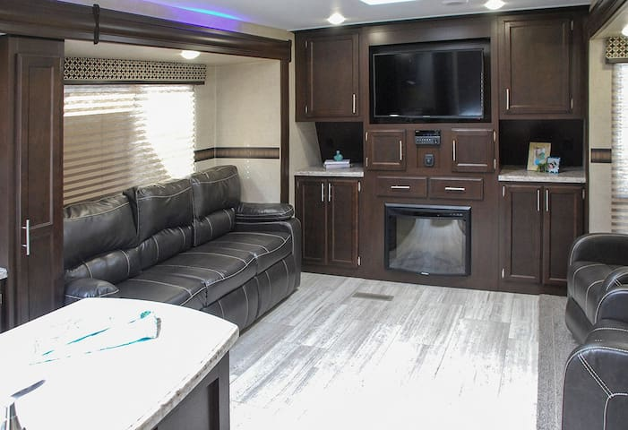Luxury RV Living - Lot #1